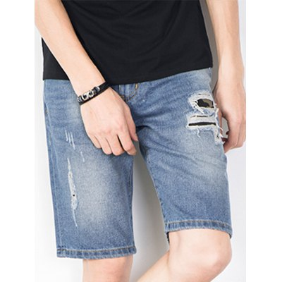 Zipper Fly Camouflage Patch Ripped Jean ShortsMens Shorts<br>Zipper Fly Camouflage Patch Ripped Jean Shorts<br><br>Closure Type: Zipper Fly<br>Fit Type: Regular<br>Front Style: Flat<br>Length: Bermuda<br>Material: Cotton, Jean<br>Package Contents: 1 x Jean Shorts<br>Style: Fashion<br>Waist Type: Mid<br>Weight: 0.4400kg<br>With Belt: No