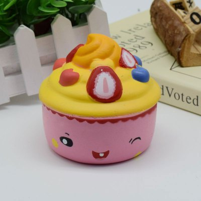 Ice Cream Cup Slow Rising Squishy Food Simulation ToySquishy toys<br>Ice Cream Cup Slow Rising Squishy Food Simulation Toy<br><br>Features: Slow Rising<br>Materials: PU<br>Package Contents: 1 x Squishy Toy<br>Products Type: Squishy Toy<br>Shape/Pattern: Food<br>Theme: Cartoon<br>Weight: 0.1805kg