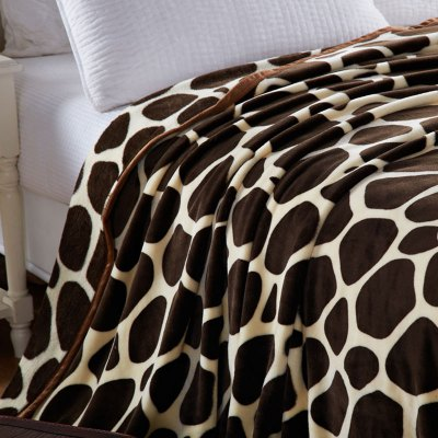 Europe Style Giraffe Stripes Summer Throw BlanketBedding Sets<br>Europe Style Giraffe Stripes Summer Throw Blanket<br><br>Material: Cotton, Polyester<br>Package Contents: 1 x Throw Blanket<br>Pattern Type: Geometric<br>Type: Super Soft<br>Weight: 1.0360kg