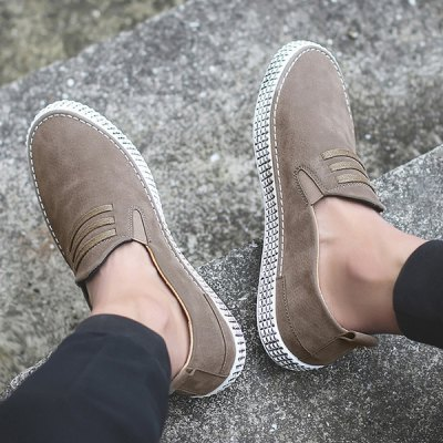 Elastic Band Laces Casual ShoesCasual Shoes<br>Elastic Band Laces Casual Shoes<br><br>Closure Type: Slip-On<br>Embellishment: None<br>Gender: For Men<br>Occasion: Casual<br>Outsole Material: Rubber<br>Package Contents: 1 x Casual Shoes (pair)<br>Pattern Type: Solid<br>Season: Summer, Spring/Fall<br>Shoe Width: Medium(B/M)<br>Toe Shape: Round Toe<br>Toe Style: Closed Toe<br>Upper Material: PU<br>Weight: 1.1400kg