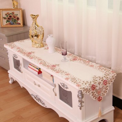 Embroidered Satin Jacquard Home Decorative Table Runner