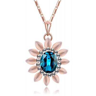 Floral Pattern Zircon Embellished Ladies Pendant Necklace