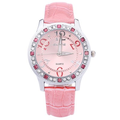 SKONE 9243 Women Leather Band Quartz Wrist WatchWomens Watches<br>SKONE 9243 Women Leather Band Quartz Wrist Watch<br><br>Band Length: 9.3<br>Band Length Unit: inch<br>Band Material Type: Leather<br>Band Width: 0.7 inch<br>Case material: Stainless Steel<br>Case Shape: Round<br>Dial Diameter: 1.5<br>Dial Diameter Unit: inch<br>Dial Display: Analog<br>Dial Window Material Type: Mineral Glass Mirror<br>Feature: None<br>Gender: Women<br>Movement: Quartz<br>Style: Dress,Fashion &amp; Casual<br>Water Resistance Depth: 30m<br>Product weight: 0.040 kg<br>Package weight: 0.067 kg<br>Product Size(L x W x H): 23.50 x 4.00 x 0.80 cm / 9.25 x 1.57 x 0.31 inches<br>Package Size(L x W x H): 25.00 x 6.00 x 2.00 cm / 9.84 x 2.36 x 0.79 inches<br>Package Contents: 1 x Women Wrist Watch