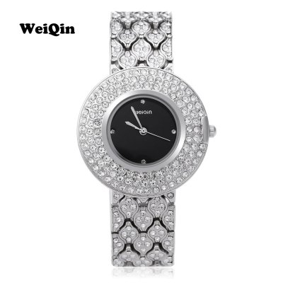 WEIQIN W4243 Female Quartz WatchWomens Watches<br>WEIQIN W4243 Female Quartz Watch<br><br>Band Length: 6.5<br>Band Length Unit: inch<br>Band Material Type: Stainless Steel<br>Band Width: 18mm<br>Case material: Stainless Steel<br>Case Shape: Round<br>Clasp type: Hook Buckle<br>Dial Diameter: 1.38<br>Dial Diameter Unit: inch<br>Dial Display: Analog<br>Dial Window Material Type: Hardlex<br>Gender: Women<br>Movement: Quartz<br>Style: Luxury<br>Water Resistance Depth: 10m<br>Product weight: 0.075 kg<br>Package weight: 0.097 kg<br>Product Size(L x W x H): 19.50 x 3.80 x 1.00 cm / 7.68 x 1.5 x 0.39 inches<br>Package Size(L x W x H): 20.50 x 4.80 x 2.00 cm / 8.07 x 1.89 x 0.79 inches<br>Package Contents: 1 x WEIQIN W4243 Female Quartz Watch