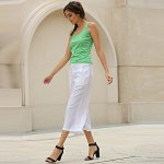 Simple Scoop Collar Sleeveless Cotton Blend Women Tank Top photo