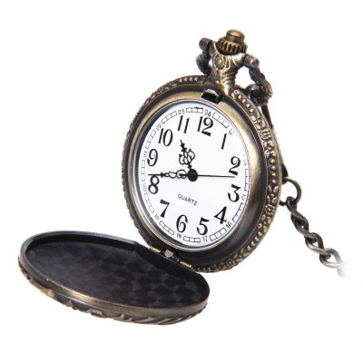 Retro Pocket Quartz WatchPocket Watches<br>Retro Pocket Quartz Watch<br><br>Case material: Alloy<br>Case Shape: Round<br>Dial Diameter: 1.77 inch<br>Dial Display: Analog<br>Dial Window Material Type: Plastic<br>Gender: Unisex<br>Movement: Quartz<br>Style: Antique<br>Product weight: 0.062 kg<br>Package weight: 0.083 kg<br>Product Size(L x W x H): 6.00 x 4.50 x 1.40 cm / 2.36 x 1.77 x 0.55 inches<br>Package Size(L x W x H): 7.00 x 5.50 x 2.40 cm / 2.76 x 2.17 x 0.94 inches<br>Package Contents: 1 x Pocket Quartz Watch