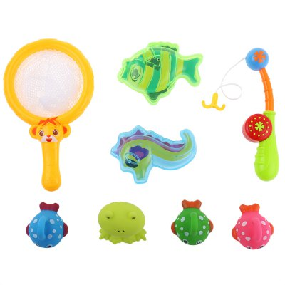 Baby Floating Paddle Bath ToyOutdoor Fun &amp; Sports<br>Baby Floating Paddle Bath Toy<br><br>Age Range: &gt; 1 year old<br>Gender: Unisex<br>Material: Plastic<br>Type: Water Spraying Tool<br>Product weight: 0.250 kg<br>Package weight: 0.490 kg<br>Package Size(L x W x H): 40.00 x 26.00 x 7.00 cm / 15.75 x 10.24 x 2.76 inches<br>Package Contents: 1 x Baby Bath Toy Set