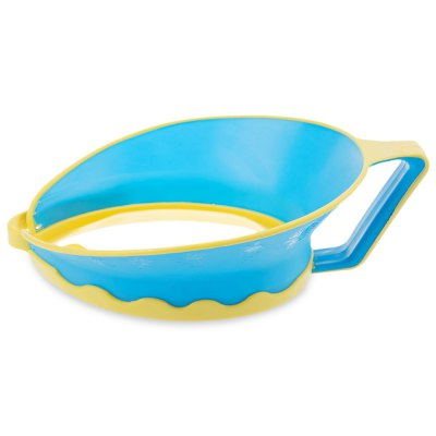 Waterproof Hair Wash Shield Children Bath Visor HatBaby Gear<br>Waterproof Hair Wash Shield Children Bath Visor Hat<br><br>Item Type: Shampoo Cap<br>Suitable Age: More than 6 months<br>Material: Silicone<br>Adjustable: Yes<br>Product weight: 0.123 kg<br>Package weight: 0.288 kg<br>Product Size(L x W x H): 22.00 x 19.00 x 10.00 cm / 8.66 x 7.48 x 3.94 inches<br>Package Size(L x W x H): 22.00 x 20.00 x 8.50 cm / 8.66 x 7.87 x 3.35 inches<br>Package Contents: 1 x Shampoo Cap