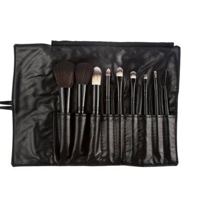 9pcs Powder Makeup Brush with Black Storage BagMakeup Brushes &amp; Tools<br>9pcs Powder Makeup Brush with Black Storage Bag<br><br>Item Type: Makeup Tool Kits<br>Materials: Leather, Nylon<br>Package Content: 9 x Makeup Brush, 1 x Storage Bag<br>Package size (L x W x H): 18.00 x 8.00 x 2.50 cm / 7.09 x 3.15 x 0.98 inches<br>Package weight: 0.150 kg<br>Product weight: 0.130 kg