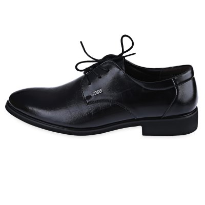 Junsite Men Luxurious Texture Pointed Toe Lace Up Leather ShoesFormal Shoes<br>Junsite Men Luxurious Texture Pointed Toe Lace Up Leather Shoes<br><br>Available Size: 40, 41, 42, 43, 44<br>Closure Type: Lace-Up<br>Embellishment: None<br>Gender: For Men<br>Insole Material: EVA<br>Lining Material: PU<br>Occasion: Dress<br>Outsole Material: Rubber<br>Package Contents: 1 x Pair of Men Leather Shoes<br>Pattern Type: Others<br>Season: Spring/Fall, Summer<br>Shoe Width: Medium(B/M)<br>Toe Shape: Pointed Toe<br>Toe Style: Closed Toe<br>Upper Material: PU<br>Weight: 1.953kg