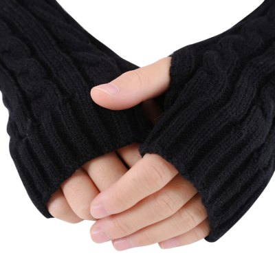 Spiral Pattern Ladies Warm Open Finger Knitted GlovesAccessories<br>Spiral Pattern Ladies Warm Open Finger Knitted Gloves<br><br>Gender: For Women<br>Glove Length: Forearm<br>Group: Adult<br>Material: Cotton Blend<br>Package Contents: 1 x Pair of Women Gloves<br>Package size (L x W x H): 32.50 x 7.50 x 1.60 cm / 12.8 x 2.95 x 0.63 inches<br>Package weight: 0.072 kg<br>Pattern Type: Solid<br>Product size (L x W x H): 32.00 x 7.00 x 1.30 cm / 12.6 x 2.76 x 0.51 inches<br>Product weight: 0.050 kg<br>Style: Novelty