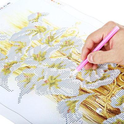 30 x 56cm 5D Golden Lily Painting Cross Stitch Tool