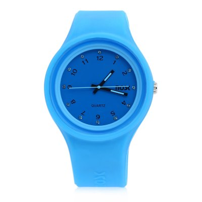 NOSK 528 Kids Quartz WatchKids Watches<br>NOSK 528 Kids Quartz Watch<br><br>Band Length: 7.09 inch<br>Band Material Type: Silicone<br>Band Width: 20mm<br>Case material: Alloy<br>Case Shape: Round<br>Clasp type: Pin Buckle<br>Dial Diameter: 1.57 inch<br>Dial Display: Analog<br>Dial Window Material Type: Glass<br>Gender: Children<br>Movement: Quartz<br>Package Contents: 1 x Watch<br>Package Size(L x W x H): 27.00 x 9.00 x 2.00 cm / 10.63 x 3.54 x 0.79 inches<br>Package weight: 0.070 kg<br>Product Size(L x W x H): 23.00 x 4.50 x 1.50 cm / 9.06 x 1.77 x 0.59 inches<br>Product weight: 0.047 kg<br>Style: Fashion &amp; Casual