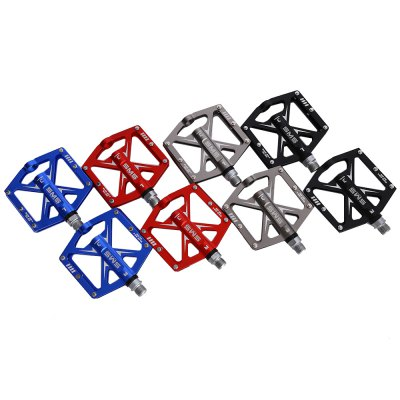 SHANMASHI Paired Cycling PedalBike Parts<br>SHANMASHI Paired Cycling Pedal<br><br>Package Contents: 1 x Pair of Bicycle Pedals<br>Package Size(L x W x H): 13.00 x 11.00 x 5.50 cm / 5.12 x 4.33 x 2.17 inches<br>Package weight: 0.4020 kg<br>Product Size(L x W x H): 10.00 x 11.50 x 1.10 cm / 3.94 x 4.53 x 0.43 inches<br>Product weight: 0.3300 kg<br>Use: BMX, Mountain Bikes, Road Bicycles