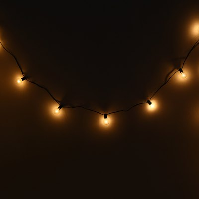 E12 G40 25 Bulbs String LightsLED Strips<br>E12 G40 25 Bulbs String Lights<br><br>Emitting color: Yellow<br>Package Contents: 1 x G40 String Lights with 25 Globe Bulbs<br>Package Size(L x W x H): 22.00 x 22.00 x 9.30 cm / 8.66 x 8.66 x 3.66 inches<br>Package weight: 0.6810 kg<br>Power Source: AC<br>Product weight: 0.4850 kg<br>Shape: Ball<br>Voltage: 110V<br>Wattage: 24W