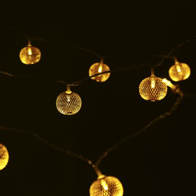 30 LEDs Remote Control Iron Round Lantern String LightLED Strips<br>30 LEDs Remote Control Iron Round Lantern String Light<br><br>Package Contents: 1 x String Light, 1 x Remote Control, 1 x English Manual<br>Package Size(L x W x H): 17.00 x 12.50 x 14.00 cm / 6.69 x 4.92 x 5.51 inches<br>Package weight: 0.4000 kg<br>Product weight: 0.2830 kg
