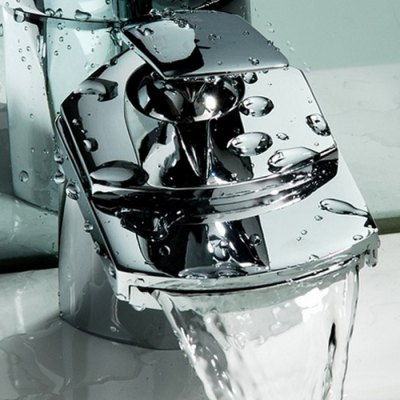 Wide Mouth Shape Waterfall FaucetFaucets<br>Wide Mouth Shape Waterfall Faucet<br><br>Function: Bathroom Sink Faucets<br>Style: Contemporary<br>Shower Head: Waterfall<br>Installation Holes: One Hole<br>Number of Handles: Single Handle<br>Product weight: 1.000 kg<br>Package weight: 1.230 kg<br>Package size (L x W x H): 25.000 x 19.000 x 12.000 cm / 9.843 x 7.480 x 4.724 inches<br>Package Contents: 1 x Faucet, 1 x Packing of Accessory