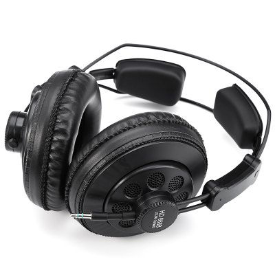 Superlux HD668B Professional Studio Standard HeadphonesOn-ear &amp; Over-ear Headphones<br>Superlux HD668B Professional Studio Standard Headphones<br><br>Application: Portable Media Player, Mobile phone, DJ, Computer<br>Brand: Superlux<br>Color: Black<br>Compatible with: Computer<br>Connectivity: Wired<br>Driver type: Dynamic<br>Driver unit: 50mm<br>Frequency response: 10Hz-30KHz<br>Function: Noise Cancelling, HiFi<br>Model: HD668B<br>Package Contents: 1 x Headphones, 1 x 1m Cable, 1 x 3m Cable, 1 x 6.5mm Interface Connector, 1 x Cable Clamp, 1 x Storage Bag<br>Package size (L x W x H): 12.00 x 20.00 x 22.00 cm / 4.72 x 7.87 x 8.66 inches<br>Package weight: 0.640 kg<br>Plug Type: 3.5mm, Full-sized<br>Product size (L x W x H): 10.60 x 18.80 x 20.00 cm / 4.17 x 7.4 x 7.87 inches<br>Product weight: 0.222 kg<br>Sound channel: Two-channel (stereo)<br>Type: Over-ear<br>Wearing type: Headband