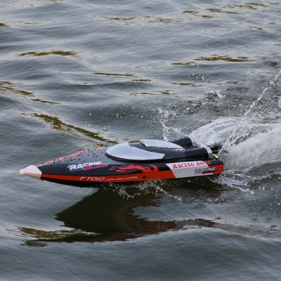 FeiLun FT010 2.4G RC Boat Racing Yacht