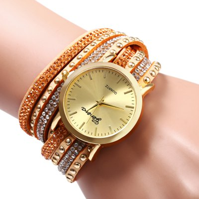 Women Quartz Watch Rivet Leather Strap WristwatchWomens Watches<br>Women Quartz Watch Rivet Leather Strap Wristwatch<br><br>Watches categories: Female table<br>Style: Fashion&amp;Casual<br>Movement type: Quartz watch<br>Shape of the dial: Round<br>Display type: Analog<br>Case material: Stainless Steel<br>Band material: Leather<br>Clasp type: Buckle<br>The dial thickness: 0.8 cm / 0.31 inches<br>The dial diameter: 3.5 cm / 1.38 inches<br>The band width: 2 cm / 0.79 inches<br>The band length: 40 cm<br>Product weight: 0.031 kg<br>Package weight: 0.071 kg<br>Product size (L x W x H): 19.00 x 4.00 x 1.50 cm / 7.48 x 1.57 x 0.59 inches<br>Package size (L x W x H): 20.00 x 5.00 x 2.50 cm / 7.87 x 1.97 x 0.98 inches<br>Package Contents: 1 x Women Quartz Watch