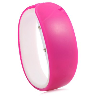 Jijia Dolphin Shape Dial White Digital Date LED Watch Candy ColorLED Watches<br>Jijia Dolphin Shape Dial White Digital Date LED Watch Candy Color<br><br>Brand: Jijia<br>People: Female table,Male table<br>Watch style: LED<br>Available color: Black,Blue,Lake blue,Light Green,Orange,Pink,Purple,Red,White,Yellow<br>Movement type: Digital watch<br>Shape of the dial: Dolphin shape<br>Display type: Digital<br>Case material: Plastic<br>Band material: Plastic + rubber<br>Clasp type: Conjoined clasp<br>Special features: Date,EL Back-light<br>Dial size: 5.5 x 3.0 x 1.0 cm / 2.17 x 1.18 x 0.39 inches<br>Band size: 19.5 x 1.7 cm / 7.68 x 0.67 inches<br>Outer perimeter: 19.5 - 20.3 cm / 7.68 - 7.99 inches<br>Product weight: 0.026 kg<br>Package weight: 0.056 kg<br>Product size (L x W x H): 19.50 x 3.00 x 1.00 cm / 7.68 x 1.18 x 0.39 inches<br>Package size (L x W x H): 8.00 x 4.00 x 2.00 cm / 3.15 x 1.57 x 0.79 inches<br>Package Contents: 1 x Jijia LED Watch