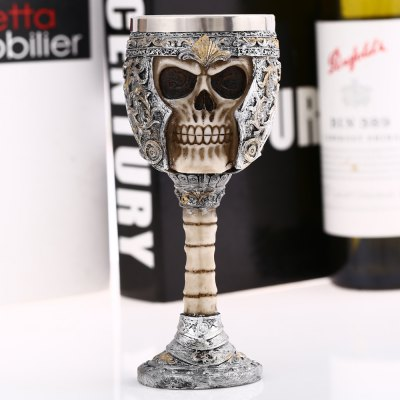 Vintage King Knight Skeleton Skull Shape GobletWater Cup &amp; Bottle<br>Vintage King Knight Skeleton Skull Shape Goblet<br><br>Material: Stainless Steel, Resin<br>Package Contents: 1 x Goblet<br>Package size (L x W x H): 9.50 x 9.50 x 21.50 cm / 3.74 x 3.74 x 8.46 inches<br>Package weight: 0.386 kg<br>Product weight: 0.300 kg<br>Style: Fashion, Skull<br>Suitable for: Home, Party, Others, KTV, Bar<br>Type: Others, Milk, Fruit Juice, Coffee, Beer, Water, Tea