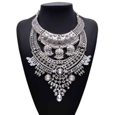 WQ029 Charming Hollow-out Rhinestone Pendant Female Necklace