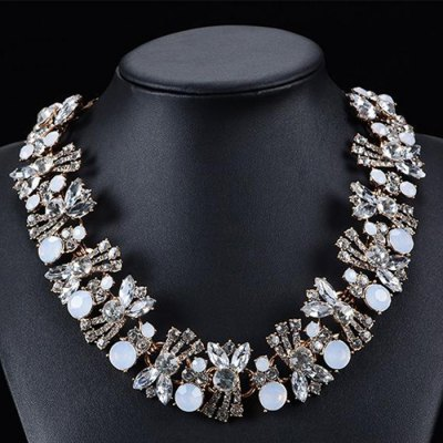WQ043 Delicate Rhinestone Flower Necklace for Women