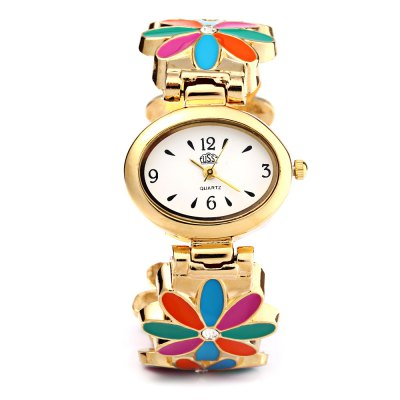 USS 1429 Women Quartz Bracelet Watch Elliptical Dial Flower Steel StrapWomens Watches<br>USS 1429 Women Quartz Bracelet Watch Elliptical Dial Flower Steel Strap<br><br>Brand: USS<br>Watches categories: Female table<br>Watch style: Bracelet Style<br>Movement type: Quartz watch<br>Shape of the dial: Elliptical<br>Display type: Analog<br>Case material: Steel<br>Band material: Steel<br>Clasp type: Conjoined clasp<br>Dial size: 2.8 x 0.7 cm / 1.1 x 0.27 inches<br>Outer perimeter: 18.5 cm / 7.28 inches<br>Product weight: 0.042 kg<br>Package weight: 0.072 kg<br>Product size (L x W x H): 6.00 x 3.00 x 5.50 cm / 2.36 x 1.18 x 2.17 inches<br>Package size (L x W x H): 7.00 x 4.00 x 6.50 cm / 2.76 x 1.57 x 2.56 inches<br>Package Contents: 1 x Watch