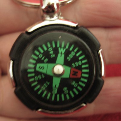 aotu-at7624-compass-keychain-tyre-shaped