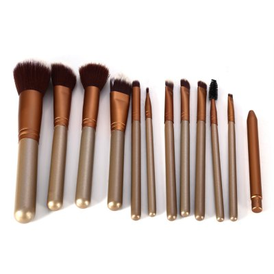 12PCS Synthetic Hair Makeup Brushes with Leather Storage HolderMakeup Brushes &amp; Tools<br>12PCS Synthetic Hair Makeup Brushes with Leather Storage Holder<br><br>Brush hair: Synthetic Hair<br>Features: Easy to Carry, Lightweight, Soft<br>Package Contents: 12 x Makeup Brush, 1 x Leather Storage Holder<br>Package size (L x W x H): 18.70 x 7.50 x 7.50 cm / 7.36 x 2.95 x 2.95 inches<br>Package weight: 0.294 kg<br>Product weight: 0.264 kg