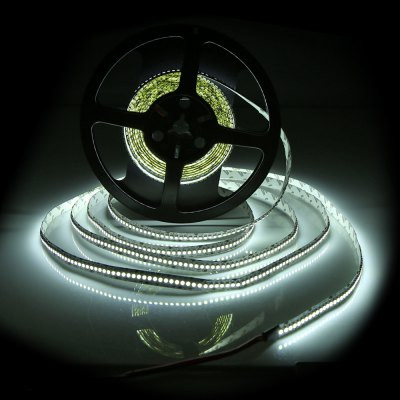 BRELONG 5M 1200 x SMD 3528 96W 4000LM LED Light Strip