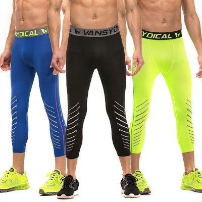 vansydical Male Exercise Elastic Compression Capri PantsWeight Lifting Clothes<br>vansydical Male Exercise Elastic Compression Capri Pants<br><br>Brand: Vansydical<br>Types: Pants<br>Size: L,M,XL<br>Features: Breathable,High elasticity,Quick Dry<br>Gender: Men<br>Material: Lycra<br>Color: Black,Blue,Green<br>Package weight: 0.290 kg<br>Package size: 20.00 x 20.00 x 3.50 cm / 7.87 x 7.87 x 1.38 inches<br>Package Content: 1 x Vancydical Pants
