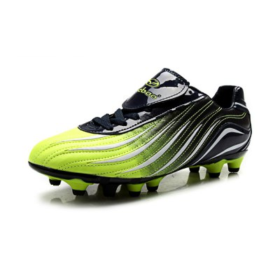 TIEBAO 1017 Soccer SneakersShoes<br>TIEBAO 1017 Soccer Sneakers<br><br>Brand: TIEBAO<br>Closure Type: Lace-Up<br>Color: Green<br>Features: Anti-slip, Durable, Lightweight<br>Gender: Men<br>Model Number: 1017<br>Package Contents: 1 x Pair of TIEBAO 1017 Sneakers<br>Package size: 32.50 x 22.00 x 11.50 cm / 12.8 x 8.66 x 4.53 inches<br>Package weight: 1.180 kg<br>Product weight: 0.900 kg<br>Size: 40,41,42,43,44<br>Type: Soccer Shoes
