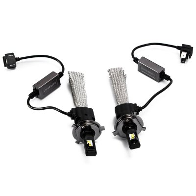 2PCS 9 - 36V 30W 3600lm 5500K H4 LED HeadlightCar Headlights<br>2PCS 9 - 36V 30W 3600lm 5500K H4 LED Headlight<br><br>Apply lamp position : External Lights<br>Connector: H4<br>Emitting color: White<br>LED Type: Cree XM-L<br>LED/Bulb quantity: 2pcs<br>Lumens: 3600lm<br>Material: Electronic Components, Metal<br>Package Contents: 2 x H4 LED Headlight, 4 x Plastic Fixing Band, 1 x English User Manual<br>Package size (L x W x H): 22.30 x 18.00 x 7.50 cm / 8.78 x 7.09 x 2.95 inches<br>Package weight: 0.534 kg<br>Power: 30W<br>Product size (L x W x H): 17.60 x 4.70 x 3.40 cm / 6.93 x 1.85 x 1.34 inches<br>Product weight: 0.167 kg<br>Type: Headlights, Head Lamp<br>Type of lamp-house : LED<br>Voltage: 9-36V