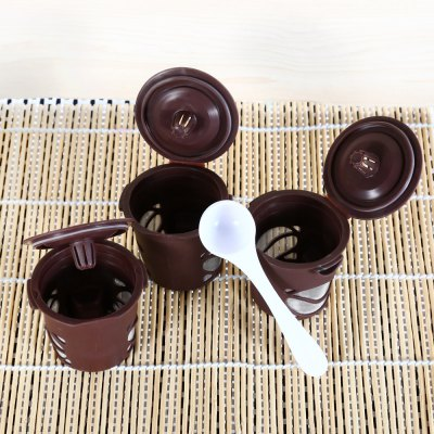3PCS Reusable Single Coffee Filter BasketColanders &amp; Strainers<br>3PCS Reusable Single Coffee Filter Basket<br><br>Material: Plastic, Stainless Steel<br>Package Contents: 3 x Coffee Filter, 1 x Spoon, 1 x English User Manual<br>Package size (L x W x H): 13.00 x 6.00 x 19.00 cm / 5.12 x 2.36 x 7.48 inches<br>Package weight: 0.085 kg<br>Product size (L x W x H): 5.00 x 5.00 x 4.50 cm / 1.97 x 1.97 x 1.77 inches<br>Product weight: 0.020 kg<br>Type: Other Kitchen Accessories