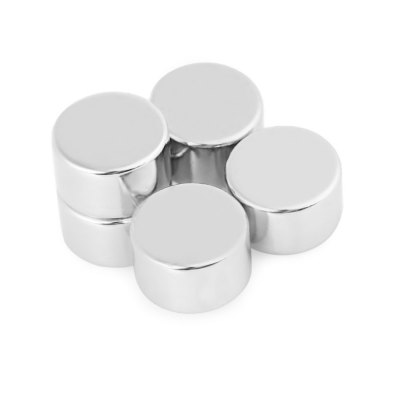 16 x 16 x 10mm N38 Powerful NdFeB Cylinder Magnet for Kid DIYClassic Toys<br>16 x 16 x 10mm N38 Powerful NdFeB Cylinder Magnet for Kid DIY<br><br>Features: DIY Toy<br>Materials: Magnet<br>Package Contents: 5 x Magnet<br>Package size: 7.00 x 3.00 x 2.00 cm / 2.76 x 1.18 x 0.79 inches<br>Package weight: 0.095 kg<br>Product weight: 0.085 kg<br>Series: Lifestyle<br>Theme: Trick