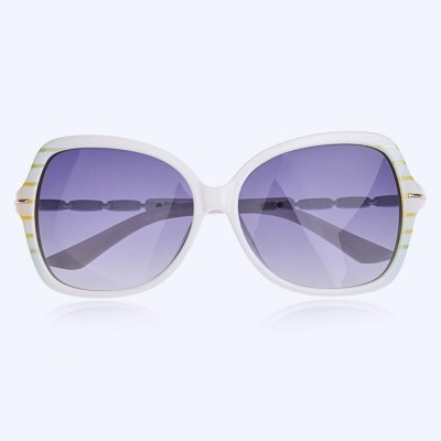 Senlan 2937P5 Female SunglassesStylish Sunglasses<br>Senlan 2937P5 Female Sunglasses<br><br>Brand: SENLAN<br>Model Number: 2937P5<br>Features: Anti-UV,Polarized<br>Gender: Women<br>Lens material: TAC<br>Frame Color: White<br>Whole Length: 140mm<br>Lens width: 58mm<br>Lens height: 52mm<br>Ear-stems Length: 135mm<br>Nose bridge width: 14mm<br>Product weight: 0.026 kg<br>Package weight: 0.100 kg<br>Product Dimension: 14.00 x 5.20 x 4.00 cm / 5.51 x 2.05 x 1.57 inches<br>Package Dimension: 15.50 x 6.00 x 5.00 cm / 6.1 x 2.36 x 1.97 inches<br>Package Contents: 1 x Senlan 2937P5 Sunglasses, 1 x Glasses Case, 1 x Lens Cloth