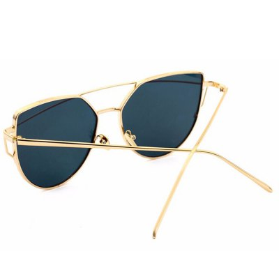 SENLAN 2223C6 PC SunglassesStylish Sunglasses<br>SENLAN 2223C6 PC Sunglasses<br><br>Brand: SENLAN<br>Ear-stems Length: 13.8cm<br>Features: Anti-UV<br>Frame Color: Golden<br>Frame Metarial: Alloy<br>Gender: Unisex<br>Lens height: 5.2cm<br>Lens material: PC<br>Lens width: 6cm<br>Model Number: 2223C6<br>Nose bridge width: 1.6cm<br>Package Contents: 1 x SENLAN Sunglasses, 1 x Glasses Box, 1 x Glasses Cleaning Cloth<br>Package Dimension: 15.50 x 6.00 x 5.00 cm / 6.1 x 2.36 x 1.97 inches<br>Package weight: 0.119 kg<br>Product Dimension: 14.50 x 5.20 x 4.00 cm / 5.71 x 2.05 x 1.57 inches<br>Product weight: 0.029 kg<br>Whole Length: 14.5cm
