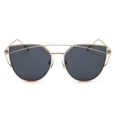 SENLAN 2223C5 PC SunglassesStylish Sunglasses<br>SENLAN 2223C5 PC Sunglasses<br><br>Brand: SENLAN<br>Ear-stems Length: 13.8cm<br>Features: Anti-UV<br>Frame Color: Golden<br>Frame Metarial: Alloy<br>Gender: Unisex<br>Lens height: 5.2cm<br>Lens material: PC<br>Lens width: 6cm<br>Model Number: 2223C5<br>Nose bridge width: 1.6cm<br>Package Contents: 1 x SENLAN Sunglasses, 1 x Glasses Box, 1 x Glasses Cleaning Cloth<br>Package Dimension: 15.50 x 6.00 x 5.00 cm / 6.1 x 2.36 x 1.97 inches<br>Package weight: 0.119 kg<br>Product Dimension: 14.50 x 5.20 x 4.00 cm / 5.71 x 2.05 x 1.57 inches<br>Product weight: 0.029 kg<br>Whole Length: 14.5cm