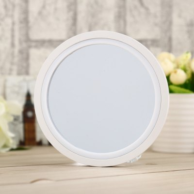 LED Light Magnifying Mirror with SuckerMakeup Brushes &amp; Tools<br>LED Light Magnifying Mirror with Sucker<br><br>Features: Easy to Carry,Lightweight<br>Material: ABS,Glass<br>Product weight: 0.139 kg<br>Package weight: 0.222 kg<br>Product size (L x W x H): 13.00 x 13.00 x 4.50 cm / 5.12 x 5.12 x 1.77 inches<br>Package size (L x W x H): 16.55 x 16.00 x 6.00 cm / 6.52 x 6.3 x 2.36 inches<br>Package Contents: 1 x LED Light Magnifying Mirror, 1 x English User Manual, 1 x Sucker
