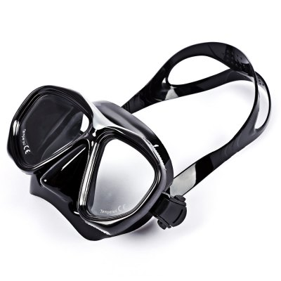 WHALE MK200 Diving GogglesDiving<br>WHALE MK200 Diving Goggles<br><br>Material: Silicone,Tempered Glass<br>Product weight: 0.196 kg<br>Package weight: 0.230 kg<br>Product size: 16.00 x 7.00 x 8.00 cm / 6.3 x 2.76 x 3.15 inches<br>Package size: 17.00 x 8.00 x 9.00 cm / 6.69 x 3.15 x 3.54 inches<br>Package Content: 1 x WHALE MK200 Diving Goggles