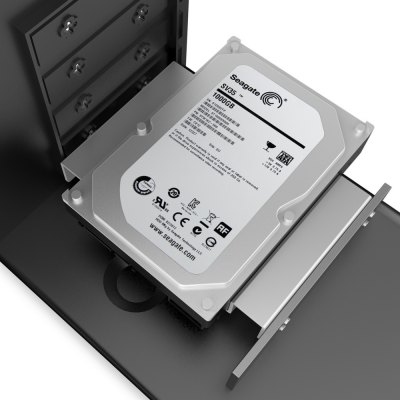 ORICO AC52535 - 1S Aluminum Hard Drive CaddyHDD &amp; SSD<br>ORICO AC52535 - 1S Aluminum Hard Drive Caddy<br><br>Brand: ORICO<br>Color: Silver<br>Model: AC52535 - 1S<br>Package Size(L x W x H): 15.60 x 11.20 x 4.50 cm / 6.14 x 4.41 x 1.77 inches<br>Package weight: 0.370 kg<br>Packing List: 1 x ORICO AC52535 - 1S Hard Drive Caddy, 1 x English Manual, 16 x Screw<br>Product Size(L x W x H): 14.60 x 9.80 x 2.30 cm / 5.75 x 3.86 x 0.91 inches<br>Size: 2.5 inch,3.5 inch,5.25 inch