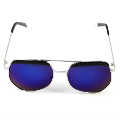 Unisex Polarized Sunglasses Alloy Frame / Resin LensStylish Sunglasses<br>Unisex Polarized Sunglasses Alloy Frame / Resin Lens<br><br>Ear-stems Length: 15cm<br>Features: Polarized<br>Frame Color: Silver<br>Frame Metarial: Alloy<br>Gender: Unisex<br>Lens height: 6cm<br>Lens material: Resin<br>Lens width: 6cm<br>Nose bridge width: 1.4cm<br>Package Contents: 1 x Sunglasses<br>Package Dimension: 16.00 x 7.00 x 3.50 cm / 6.3 x 2.76 x 1.38 inches<br>Package weight: 0.065 kg<br>Product Dimension: 15.00 x 15.00 x 6.00 cm / 5.91 x 5.91 x 2.36 inches<br>Product weight: 0.031 kg<br>Whole Length: 15cm