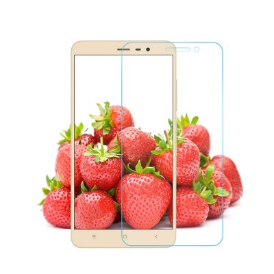 Luanke Tempered Glass Screen Film for Xiaomi Redmi Note 3 / 3 ProScreen Protectors<br>Luanke Tempered Glass Screen Film for Xiaomi Redmi Note 3 / 3 Pro<br><br>Brand: Luanke<br>Compatible Model: Xiaomi Redmi Note 3 / 3 Pro<br>Features: Protect Screen, High-definition, High sensitivity, Anti scratch, Anti fingerprint<br>Mainly Compatible with: Xiaomi<br>Material: Tempered Glass<br>Package Contents: 1 x Tempered Glass Film, 1 x Dust Remover, 1 x Wet Wipes, 1 x Dry Wipes<br>Package size (L x W x H): 20.00 x 13.30 x 2.00 cm / 7.87 x 5.24 x 0.79 inches<br>Package weight: 0.125 kg<br>Product Size(L x W x H): 14.54 x 7.12 x 0.03 cm / 5.72 x 2.8 x 0.01 inches<br>Product weight: 0.009 kg<br>Surface Hardness: 9H<br>Thickness: 0.26mm<br>Type: Screen Protector