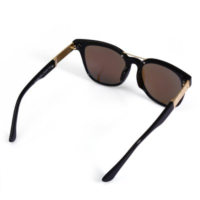 13022 UV-resistant Sunglasses with PC LensStylish Sunglasses<br>13022 UV-resistant Sunglasses with PC Lens<br><br>Ear-stems Length: 14.5cm<br>Features: Anti-UV<br>Gender: Unisex<br>Lens height: 5.2cm<br>Lens width: 6cm<br>Nose bridge width: 1.7cm<br>Package Contents: 1 x 13022 Sunglasses, 1 x Box, 1 x Cleaning Cloth<br>Package Dimension: 15.50 x 6.00 x 5.00 cm / 6.1 x 2.36 x 1.97 inches<br>Package weight: 0.122 kg<br>Product Dimension: 14.90 x 14.50 x 5.20 cm / 5.87 x 5.71 x 2.05 inches<br>Product weight: 0.036 kg<br>Whole Length: 14.9cm