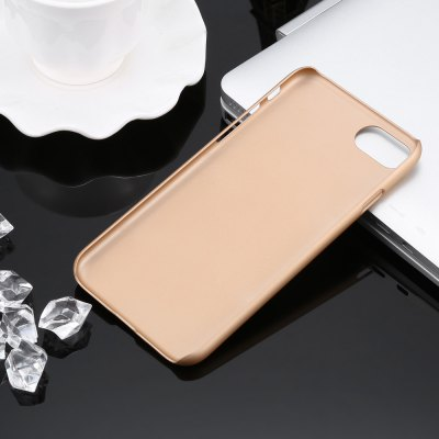 PC Protective Phone Back Case for iPhone 7iPhone Cases/Covers<br>PC Protective Phone Back Case for iPhone 7<br><br>Color: Black,Gold<br>Compatible for Apple: iPhone 7<br>Features: Back Cover, Anti-knock<br>Material: PC<br>Package Contents: 1 x Case<br>Package size (L x W x H): 21.00 x 11.50 x 2.50 cm / 8.27 x 4.53 x 0.98 inches<br>Package weight: 0.057 kg<br>Product size (L x W x H): 13.90 x 6.80 x 0.80 cm / 5.47 x 2.68 x 0.31 inches<br>Product weight: 0.012 kg<br>Style: Solid Color, Matte