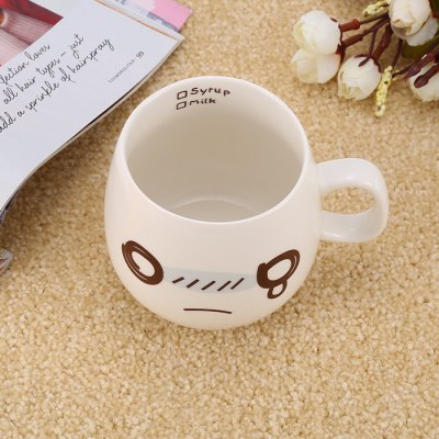 Cartoon Face Mug Ceramic CupWater Cup &amp; Bottle<br>Cartoon Face Mug Ceramic Cup<br><br>Color: White<br>Material: Ceramics<br>Package Contents: 1 x Cute Face Pattern Mug<br>Package size (L x W x H): 11.50 x 9.00 x 8.40 cm / 4.53 x 3.54 x 3.31 inches<br>Package weight: 0.294 kg<br>Product size (L x W x H): 10.00 x 7.50 x 7.40 cm / 3.94 x 2.95 x 2.91 inches<br>Product weight: 0.241 kg