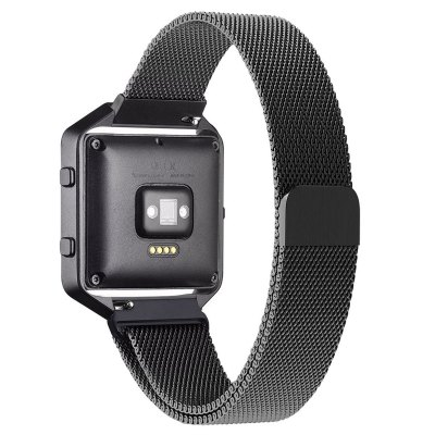 Milanese Strap with Silver Case for Fitbit Blaze Smart WatchWatch Accessories<br>Milanese Strap with Silver Case for Fitbit Blaze Smart Watch<br><br>Type: Smart watch / wristband band<br>Material: Stainless Steel<br>Product weight: 0.046 kg<br>Package weight: 0.070 kg<br>Product size (L x W x H): 23.00 x 4.00 x 1.00 cm / 9.06 x 1.57 x 0.39 inches<br>Package size (L x W x H): 6.00 x 5.00 x 2.50 cm / 2.36 x 1.97 x 0.98 inches<br>Package Contents: 1 x Watch Strap, 1 x Watch Case