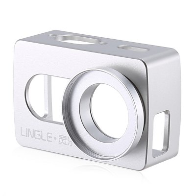 LINGLE L17 Aluminum Alloy Case with 37mm UV LensAction Cameras &amp; Sport DV Accessories<br>LINGLE L17 Aluminum Alloy Case with 37mm UV Lens<br><br>Brand: LINGLE<br>Compatible with: YI II<br>Accessory type: Protective Cases/Housing<br>Material: Alluminum Alloy<br>Product weight: 0.066 kg<br>Package weight: 0.103 kg<br>Product size (L x W x H): 7.20 x 4.70 x 3.40 cm / 2.83 x 1.85 x 1.34 inches<br>Package size (L x W x H): 8.60 x 6.10 x 4.40 cm / 3.39 x 2.4 x 1.73 inches<br>Package Contents: 1 x Protective Case, 1 x UV Lens, 1 x Lens Cover, 1 x Mount, 1 x Screw